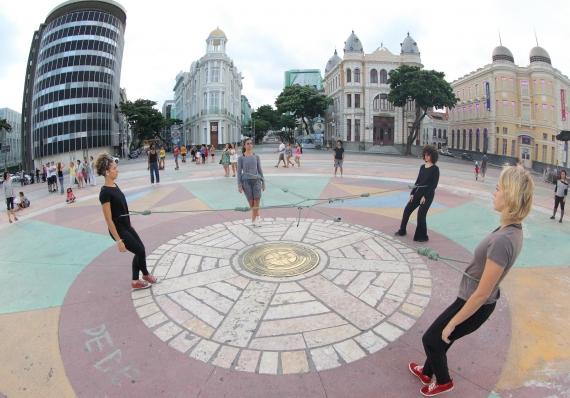 Pontilhados | Grupo Experimental (Recife, PE)