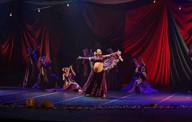 Ciganos são tema de espetáculo de dança moderna