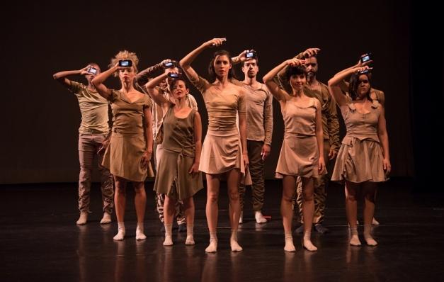 Curitiba Cia de Dança traz espetáculo e oficina gratuita de dança contemporânea para o Recife