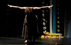 Mônica Lira ministra curso de dança contemporânea