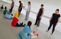 Arte dos bonecos inspira espetáculo da Cia dos Homens, que celebra 30 anos