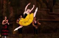 Bailarina cubana vem ao Recife ministrar workshop de balé clássico