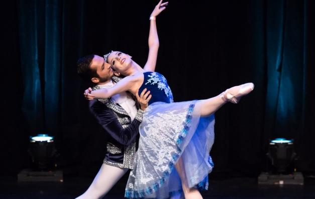 Bailarinos pernambucanos vão participar de competição na Argentina