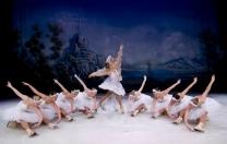 Em turnê pelo Brasil, Moscow Ballet Company On Ice apresenta Cinderela e O Lago dos Cisnes