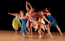 Ballet Gonzallez apresenta Em Plural