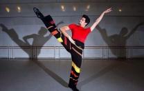 Thiago Soares, primeiro bailarino do Royal Ballet, traz turnê para Pernambuco