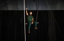 Oficina gratuita de acrobacias aéreas de circo