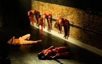 Programa oferece espaço e remuneração para incentivar apresentações de dança