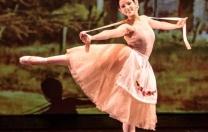 Aria Social apresenta clássicos do conto de fadas em espetáculo de balé