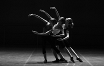 Já usou financiamento coletivo em dança? Entenda o que é crowdfunding