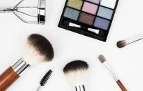 Bailarinos, atenção ao compartilhar maquiagem no camarim