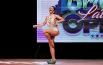 Dançarina de salão representa Pernambuco em mundial de salsa solo, na Espanha