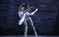 O Lago dos Cisnes, do Moscow City Ballet