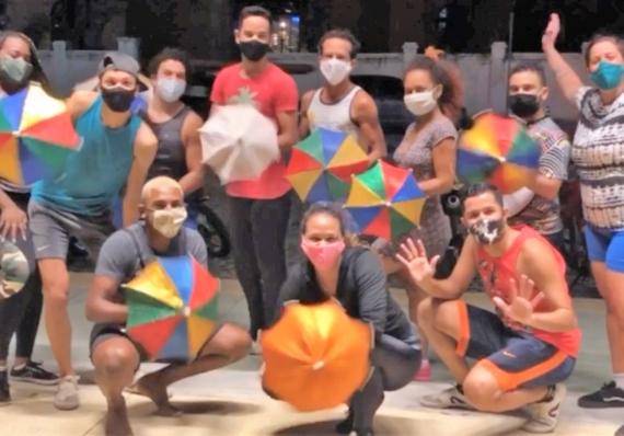 Cia. de Frevo do Recife realiza aulas de frevo gratuitas