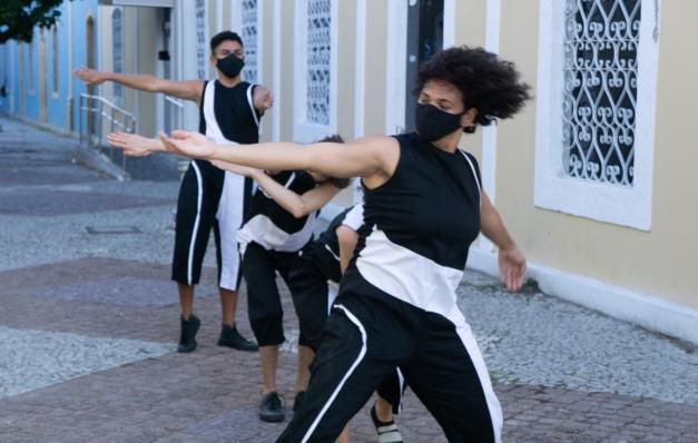 Videodança Transiterrifluxório REC explora espaços urbanos do Bairro do Recife