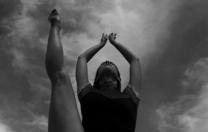Bailarina Manuela Linhares, do Recife, faz carreira em Lisboa